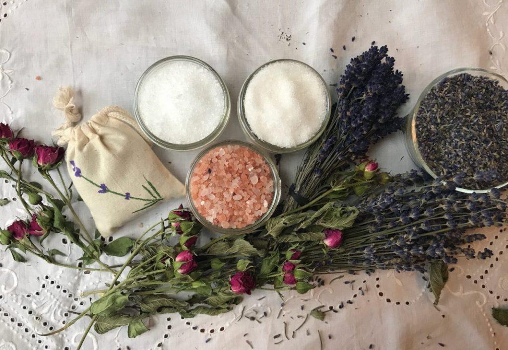 Bath salts and sachet